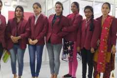 delhi-female-staff